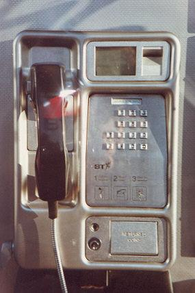 "Coin phone box with volume up-down controls.  The number is clearly visible, why not give it a call?  (0181 399 2953</BR>Sent in by: Viking</BR><span class=""date-display-single"" property=""dc:date"" datatype=""xsd:dateTime"" content=""1996-09-26T00:00:00+00:00"">Sep 26, 1996</span>"