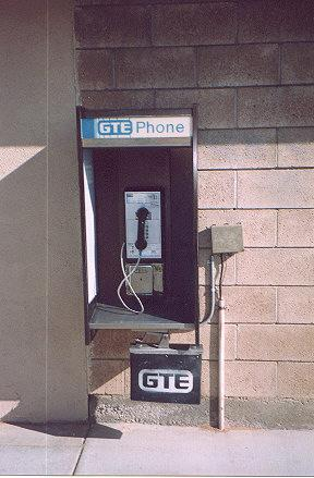 "The wiring at this place is not very sophisticated, and therefore you will notice the unlocked network interface directly next to the phone.  Does this still count as a payphone?</BR>Sent in by: D-Recz</BR><span class=""date-display-single"" property=""dc:date"" datatype=""xsd:dateTime"" content=""1999-04-10T00:00:00+00:00"">Apr 10, 1999</span>"